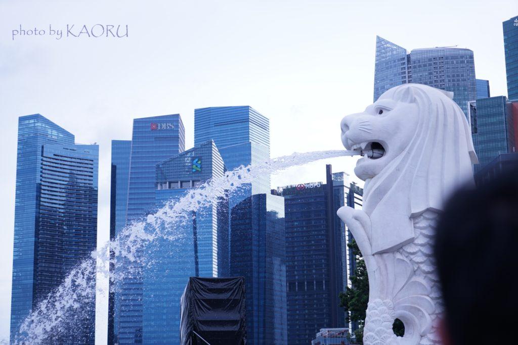 シンガポール 電源 コンセント