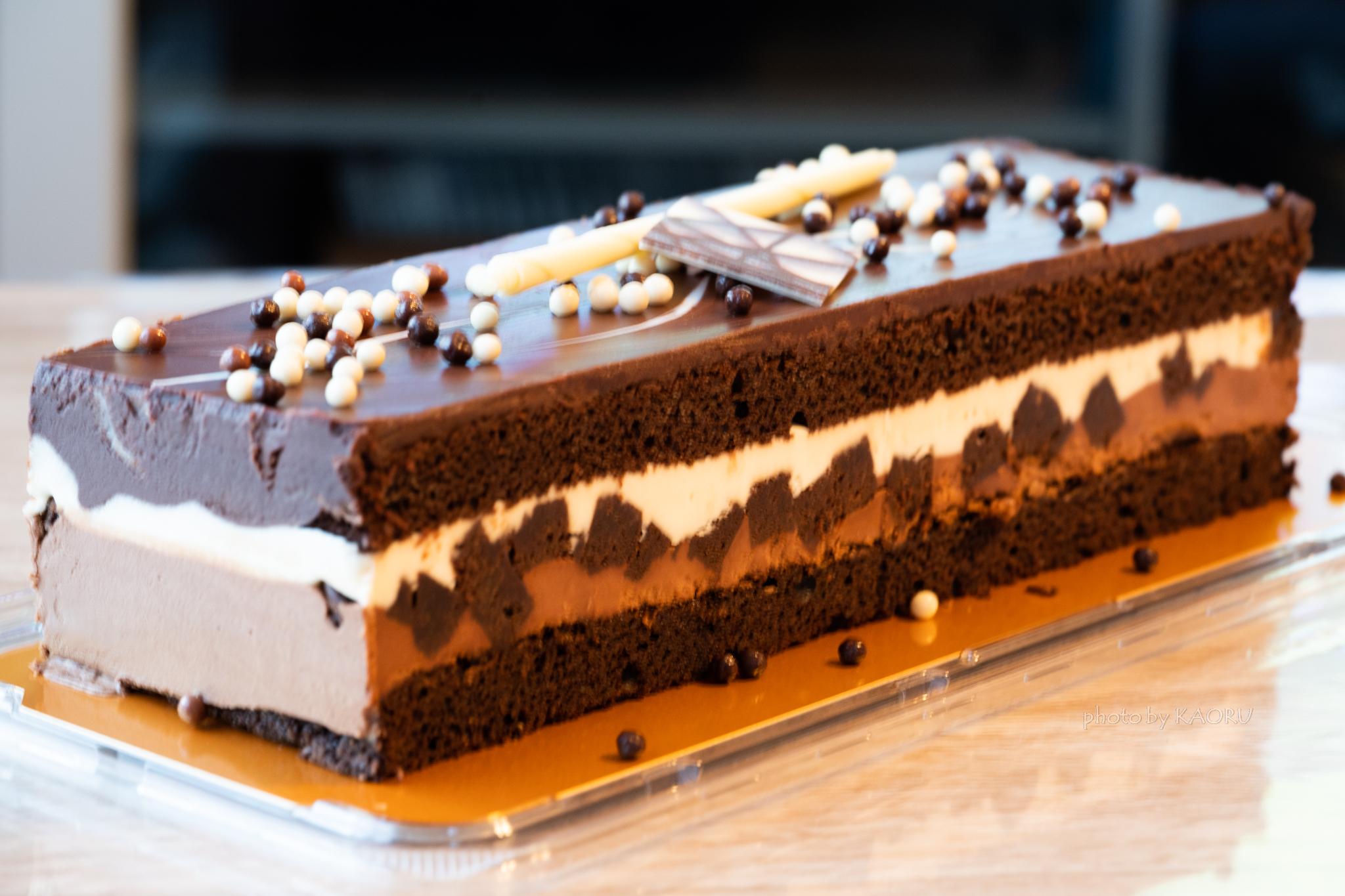 コストコ 6層のタキシードケーキ