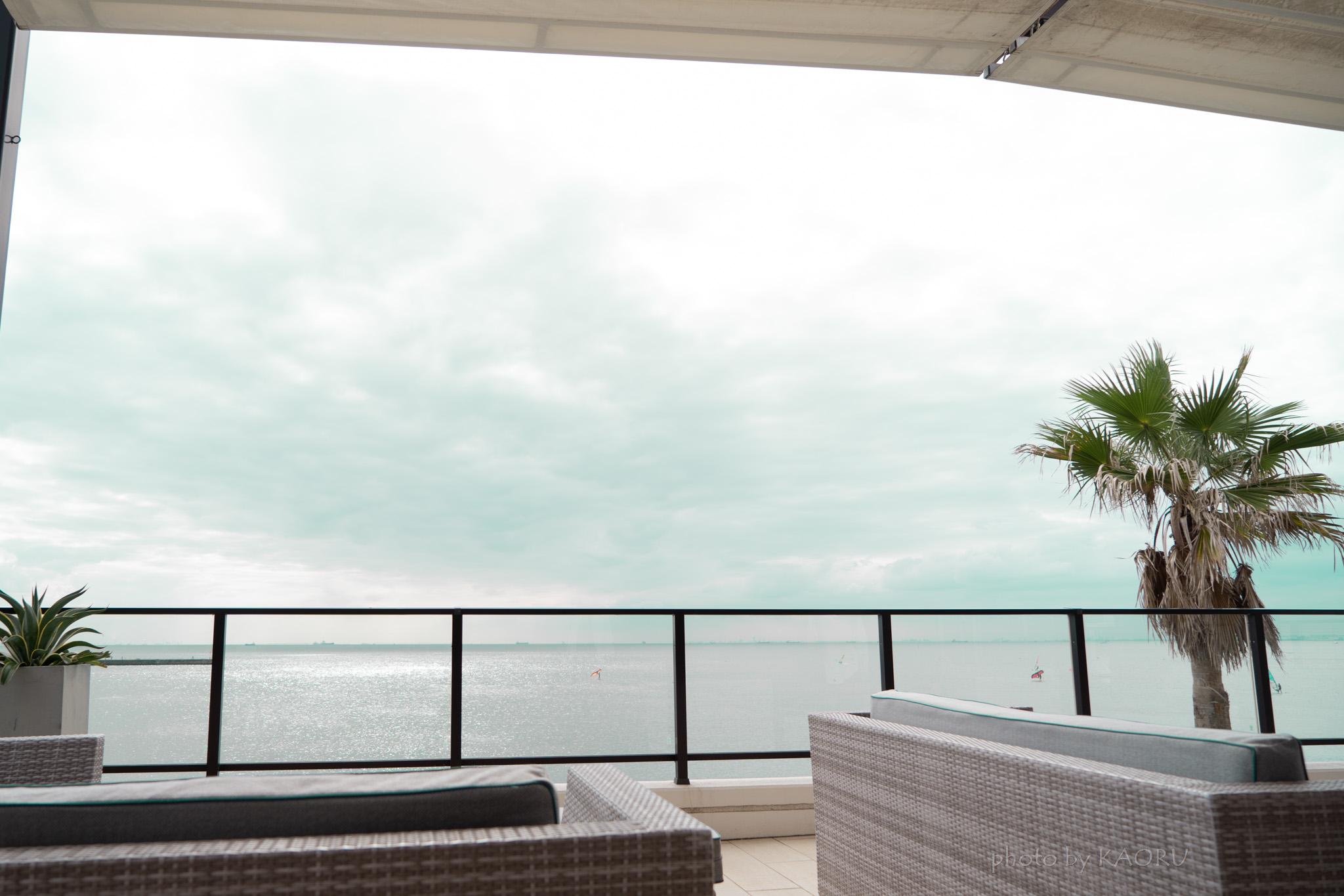 海の見えるカフェ ザ・サーフ